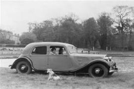 CITROEN Traction 7 Saloon (1934 - 1957)