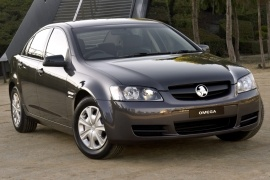 HOLDEN Commodore Sedan (2006 - Present)
