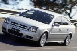 HOLDEN Vectra Liftback (2002 - 2005)