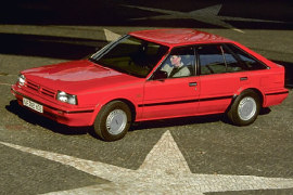 NISSAN Bluebird Hatchback (1986 - 1990)