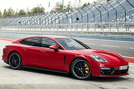 Porsche Panamera Gts Models And Generations Timeline Specs And Pictures By Year Autoevolution