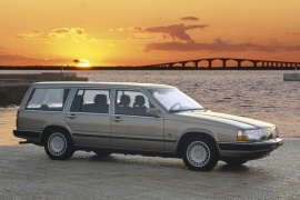 VOLVO 760 Estate (1985 - 1990)