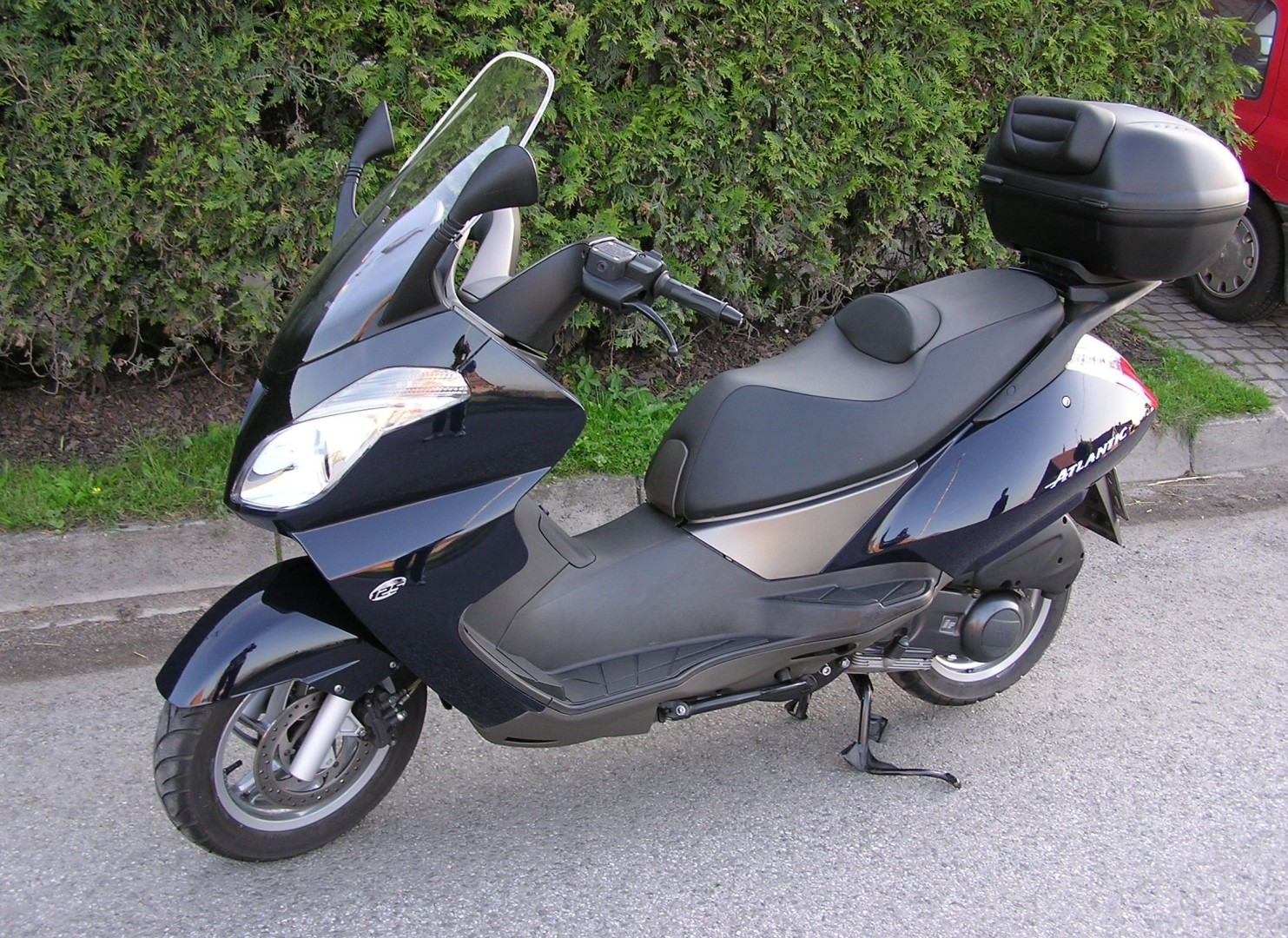 aprilia atlantic 125 specs 2002 2003 autoevolution. Black Bedroom Furniture Sets. Home Design Ideas