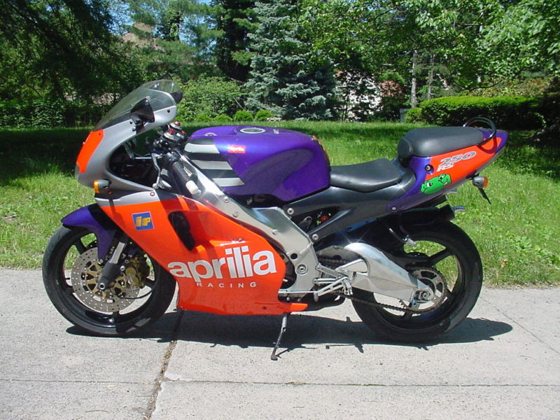 aprilia rs 250 specs 1994 1995 autoevolution. Black Bedroom Furniture Sets. Home Design Ideas