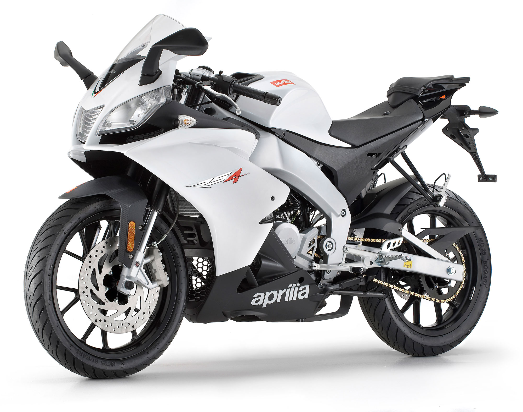 aprilia rs4 50 specs 2011 2012 autoevolution. Black Bedroom Furniture Sets. Home Design Ideas