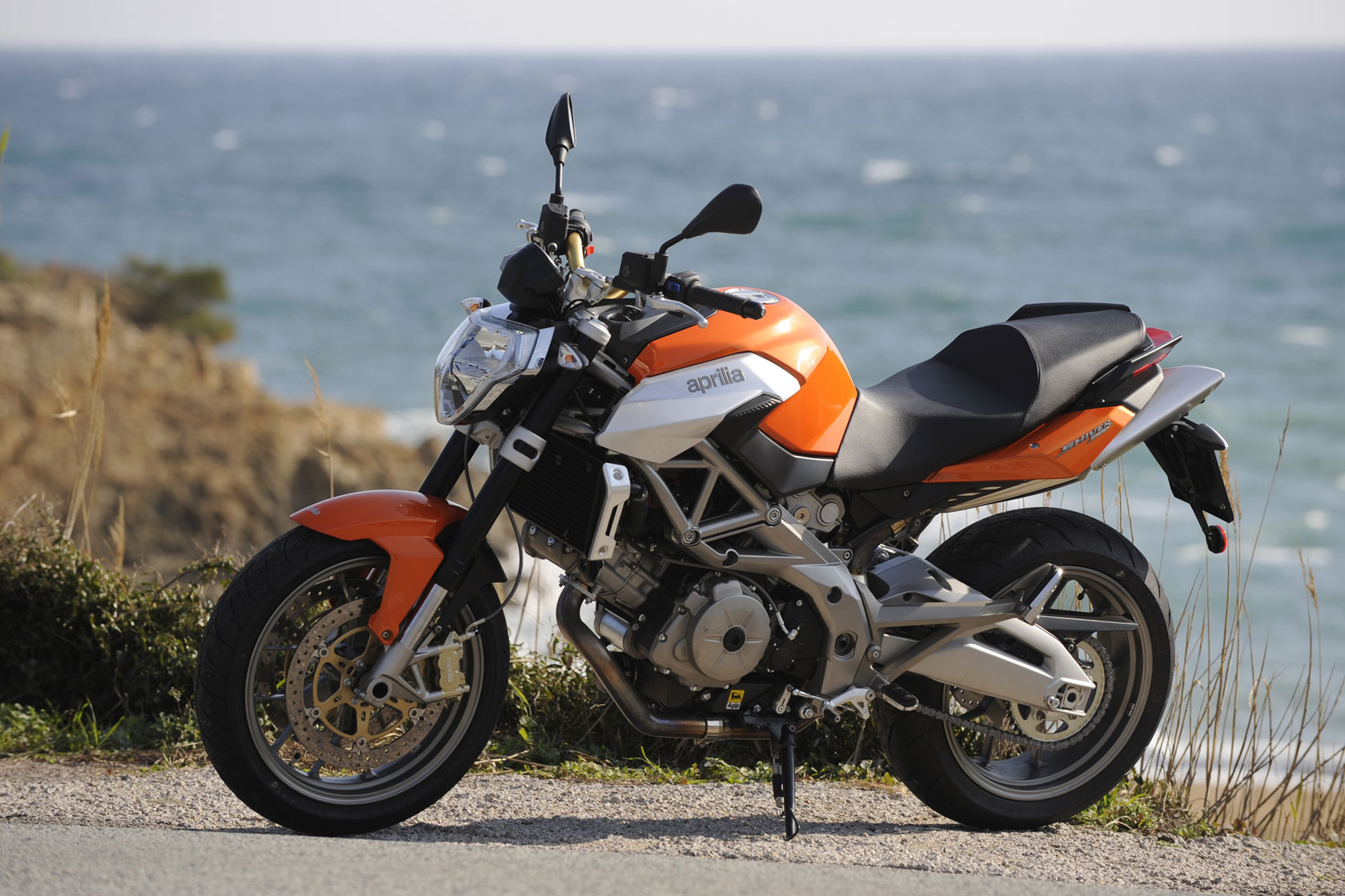 Aprilia Shiver  Review