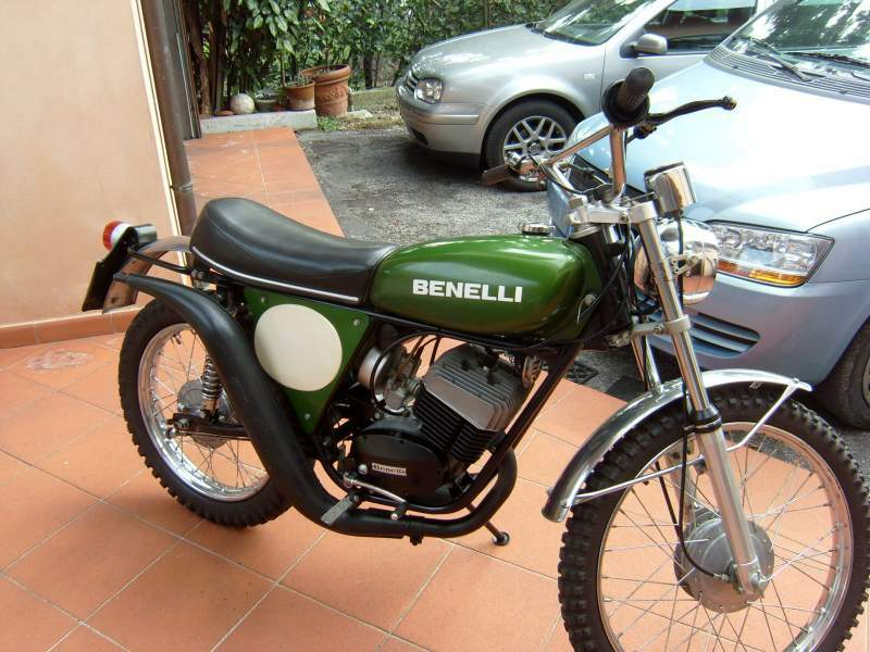benelli 125 enduro specs 1979 1980 autoevolution. Black Bedroom Furniture Sets. Home Design Ideas
