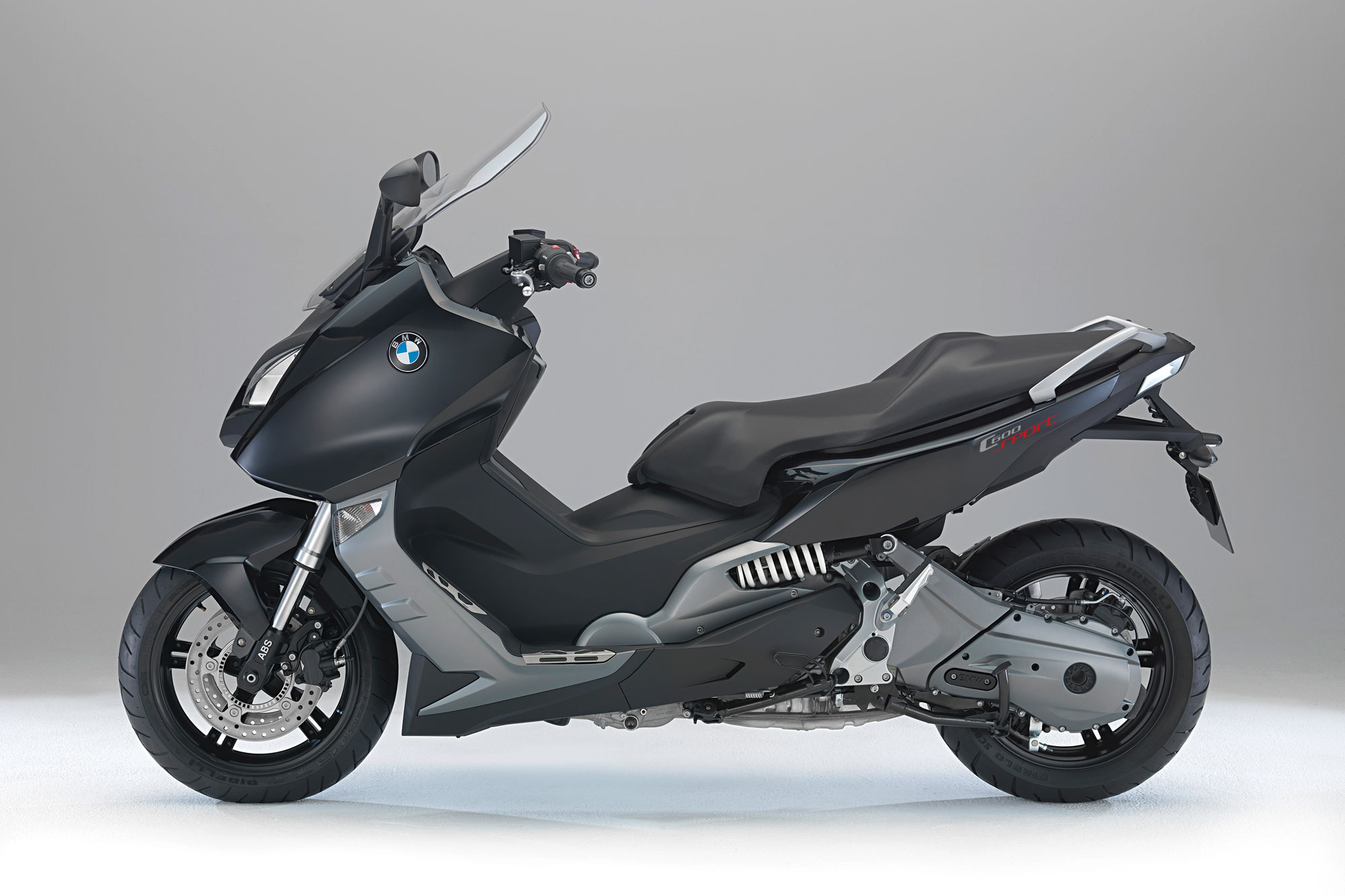 bmw c 600 sport specs 2011 2012 autoevolution. Black Bedroom Furniture Sets. Home Design Ideas