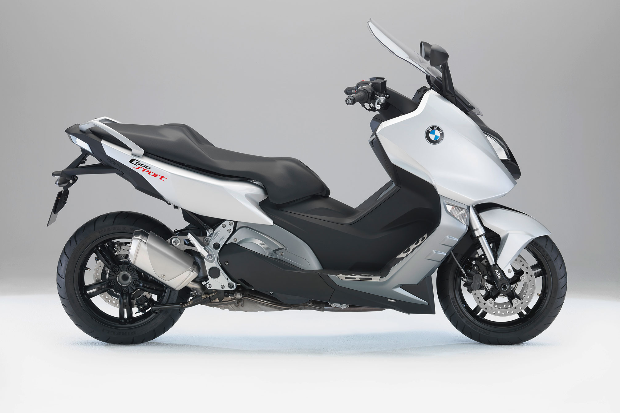 bmw c 600 sport specs 2012 2013 autoevolution. Black Bedroom Furniture Sets. Home Design Ideas