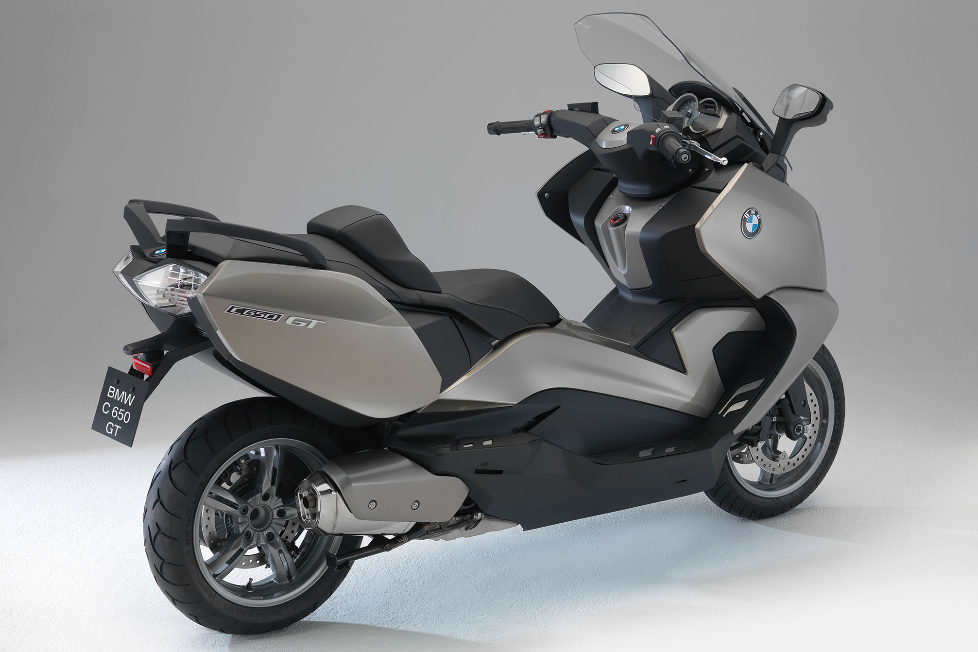bmw c 650 gt specs 2012 2013 autoevolution. Black Bedroom Furniture Sets. Home Design Ideas