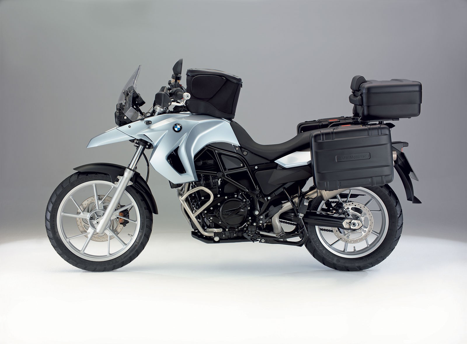 bmw f 650 gs 2008 2009 autoevolution. Black Bedroom Furniture Sets. Home Design Ideas