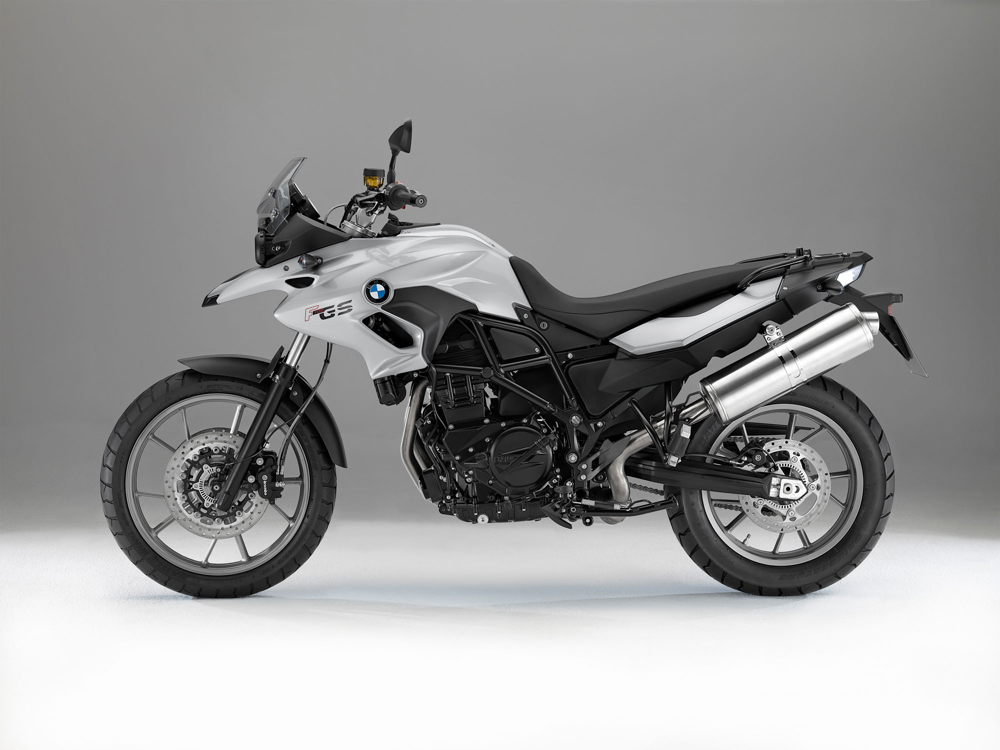 bmw f 700 gs specs 2012 2013 autoevolution. Black Bedroom Furniture Sets. Home Design Ideas