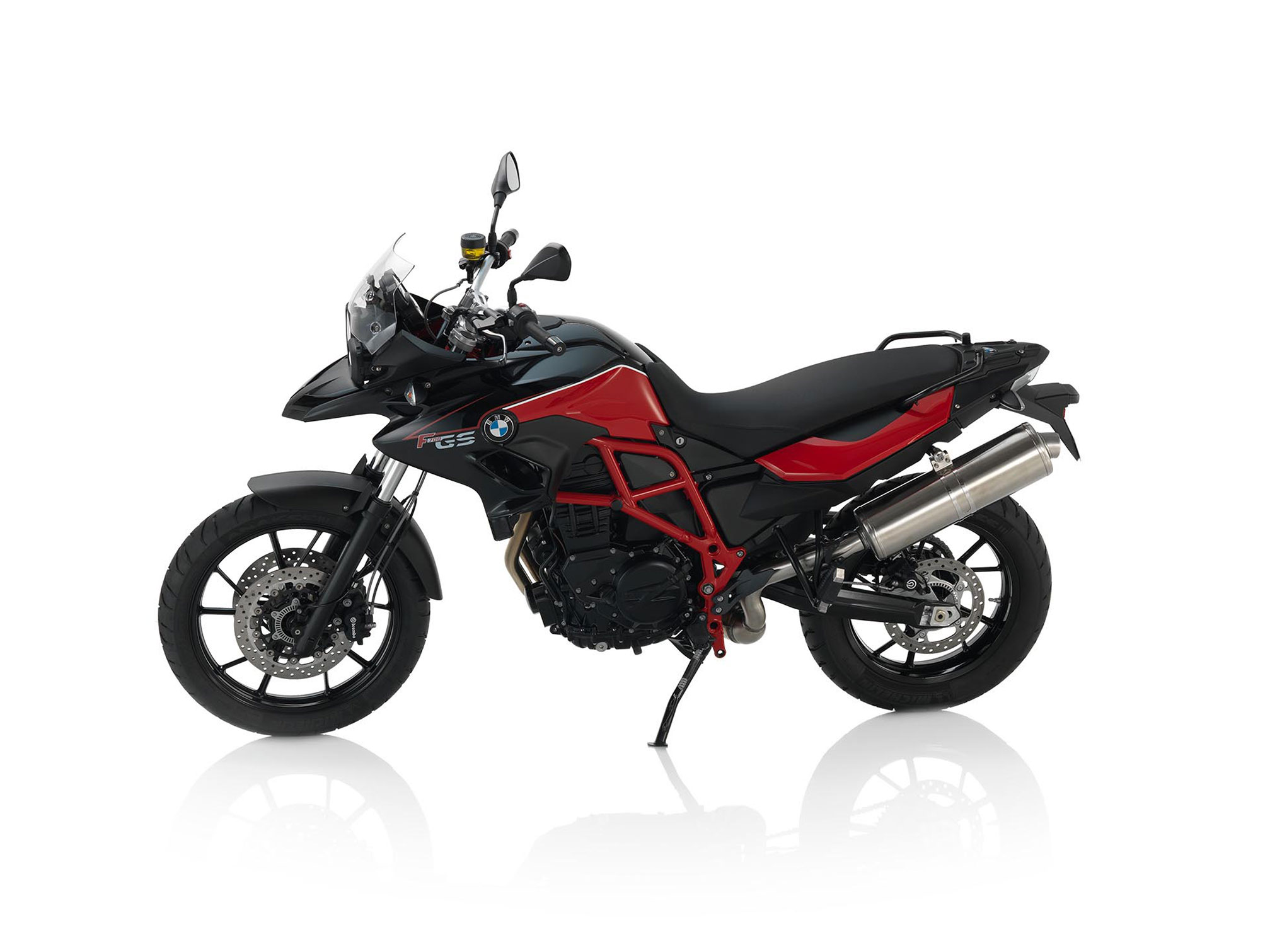 bmw f 700 gs specs 2014 2015 autoevolution. Black Bedroom Furniture Sets. Home Design Ideas
