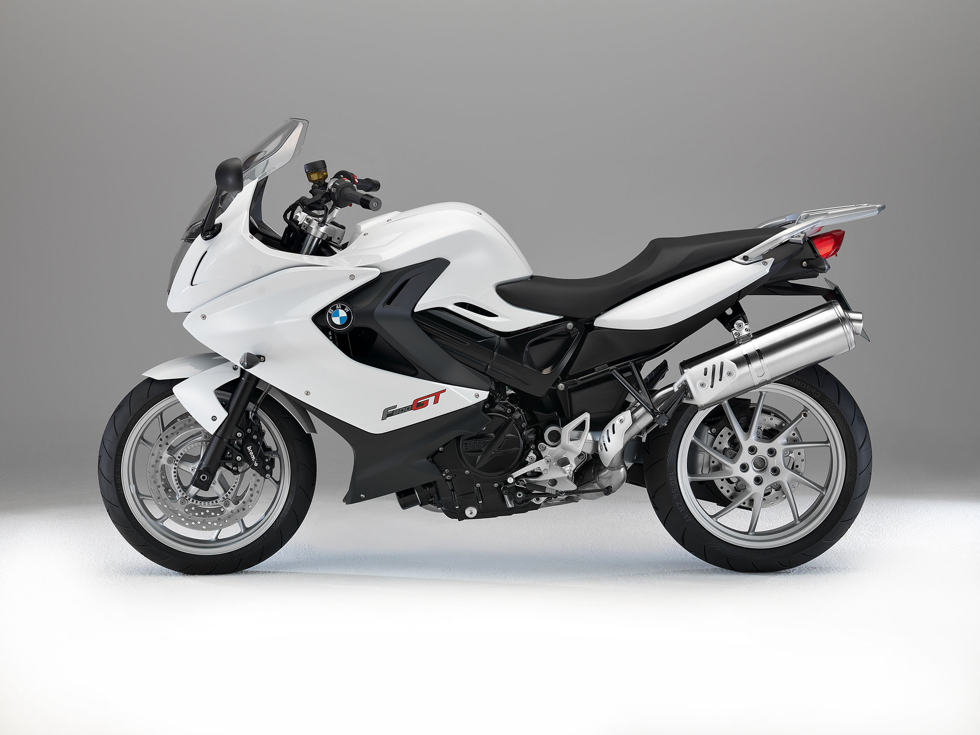 bmw f 800 gt specs 2014 2015 autoevolution. Black Bedroom Furniture Sets. Home Design Ideas