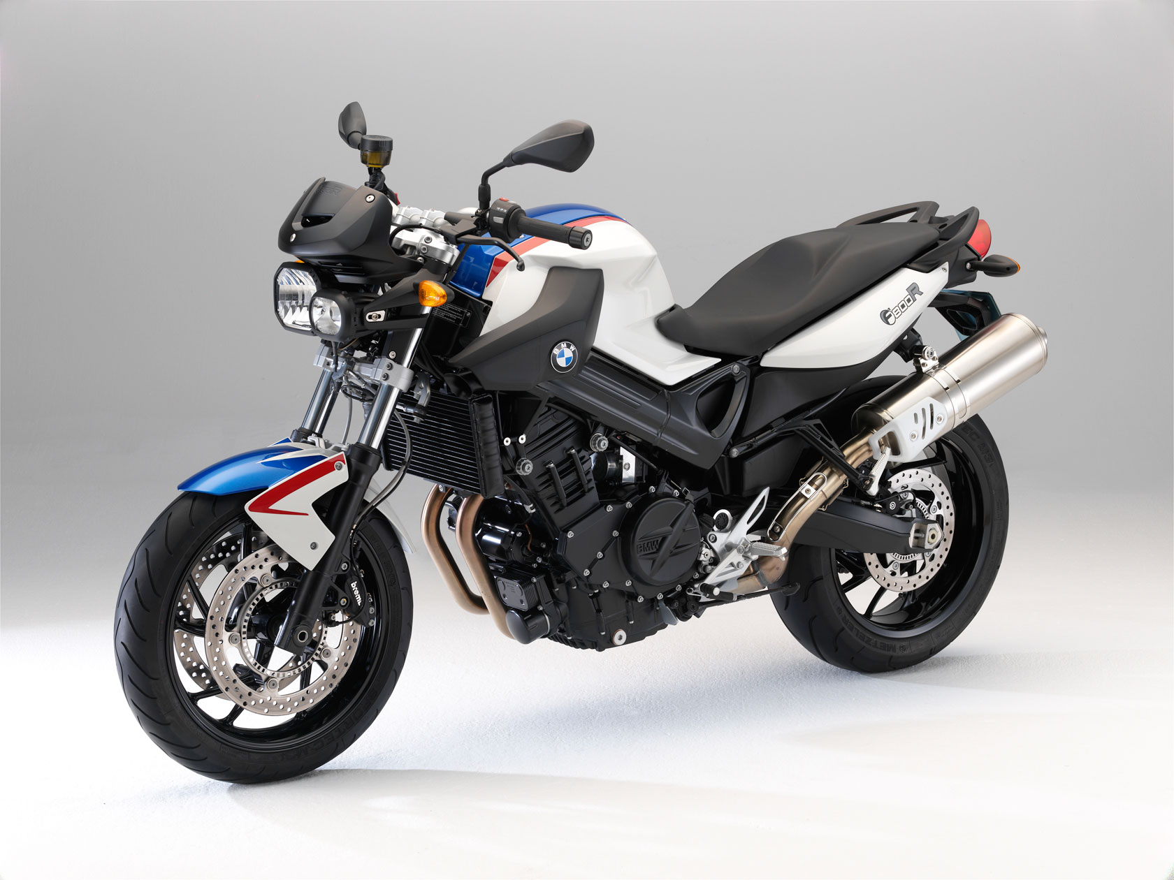 bmw f 800 r specs 2010 2011 autoevolution. Black Bedroom Furniture Sets. Home Design Ideas
