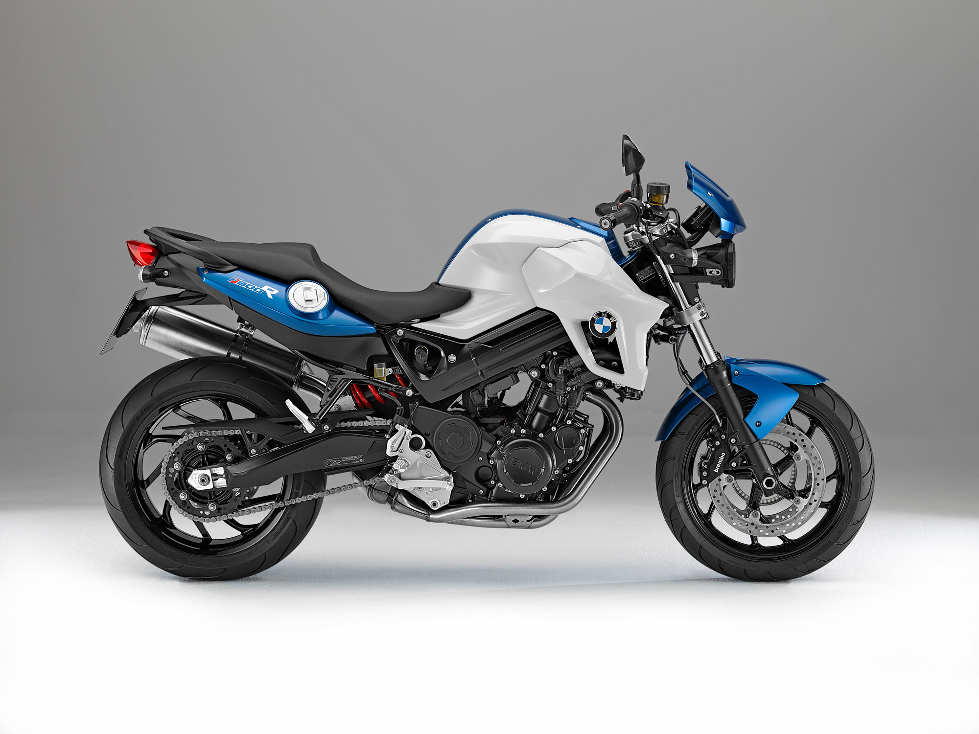 bmw f 800 r specs 2012 2013 autoevolution. Black Bedroom Furniture Sets. Home Design Ideas
