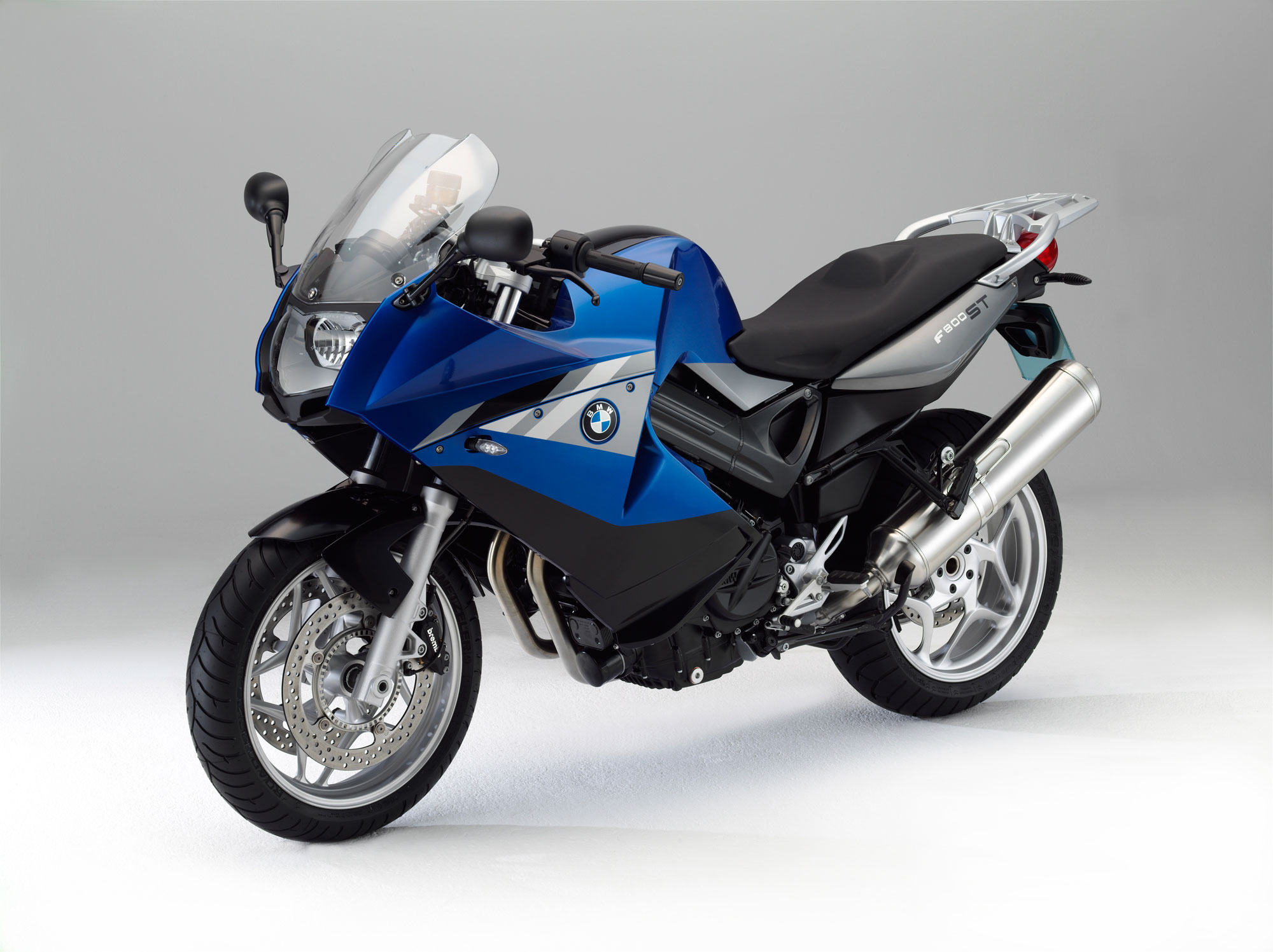 bmw f 800 st specs 2011 2012 autoevolution. Black Bedroom Furniture Sets. Home Design Ideas