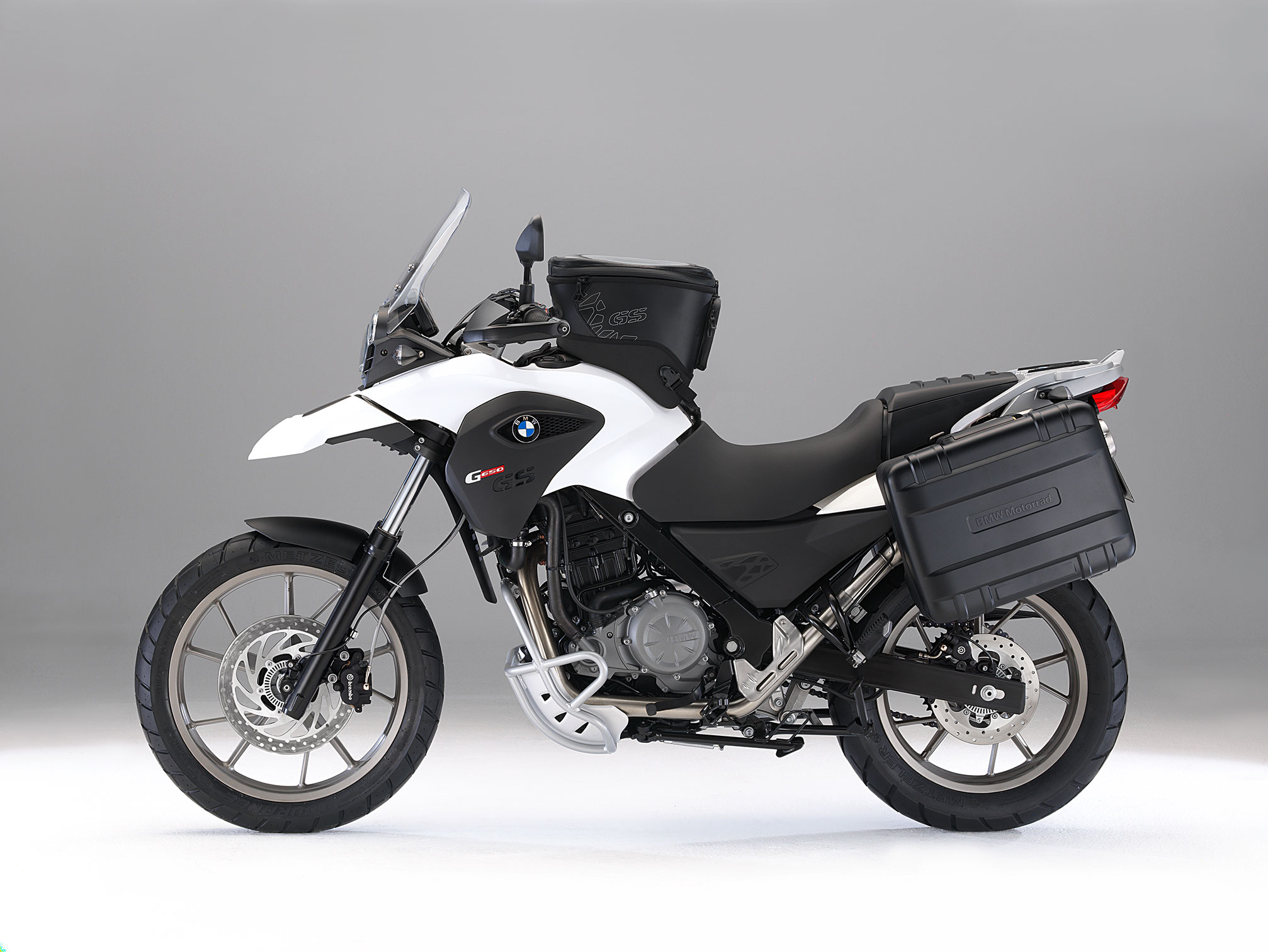 bmw g 650 gs 2013 2014 autoevolution. Black Bedroom Furniture Sets. Home Design Ideas
