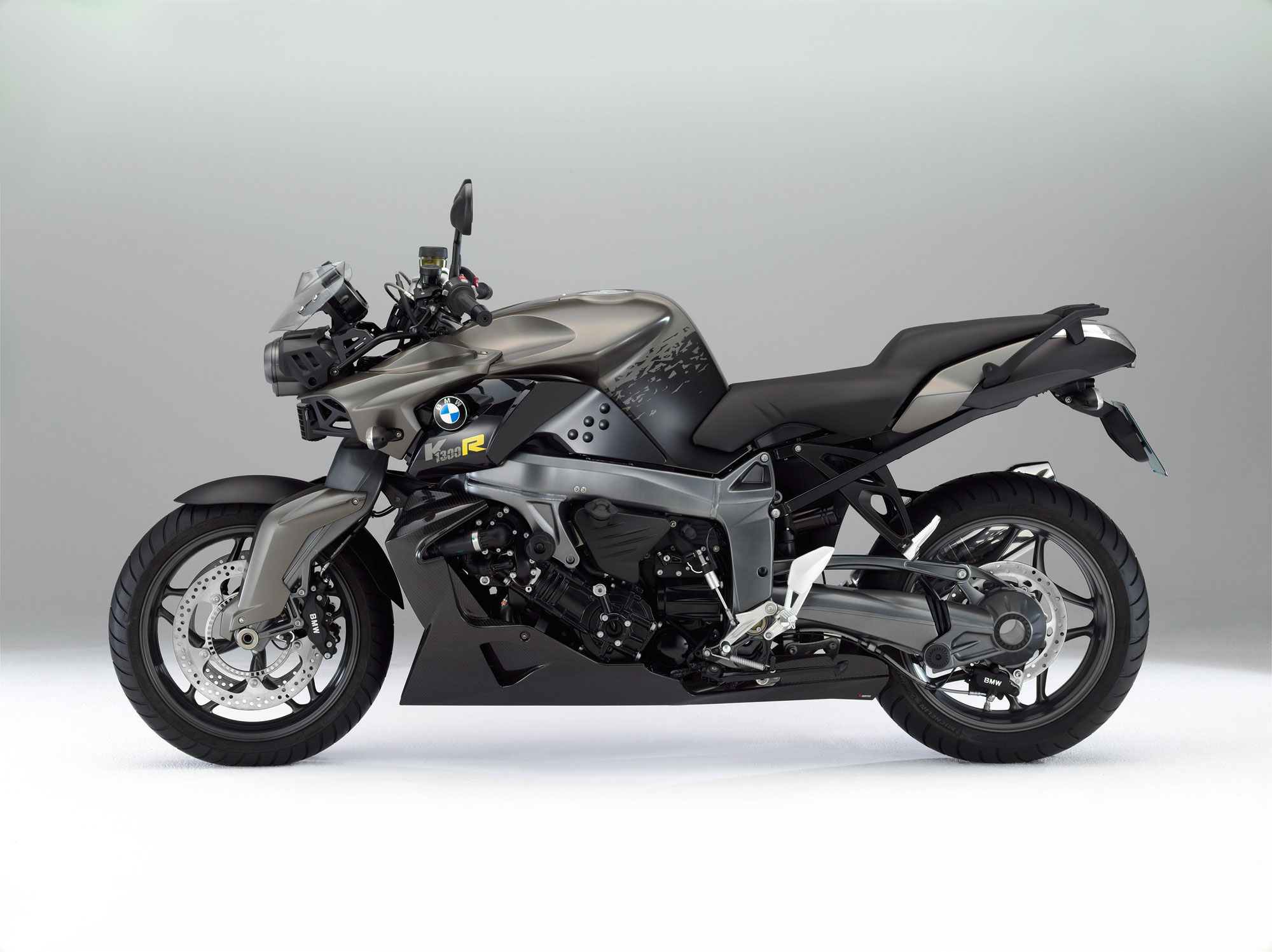 Bmw K 1300 R Carbon Specs 2011 2012 Autoevolution