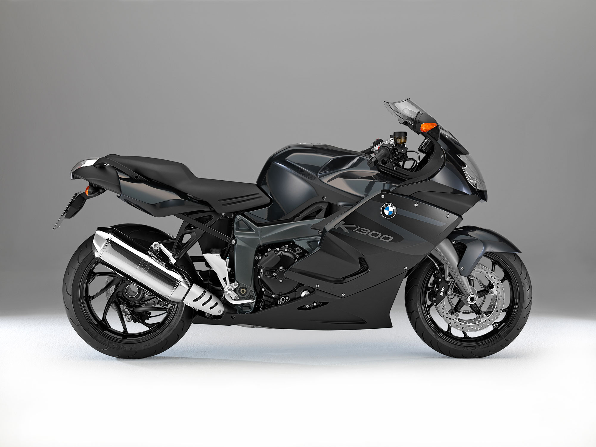 bmw k 1300 s specs 2012 2013 autoevolution. Black Bedroom Furniture Sets. Home Design Ideas
