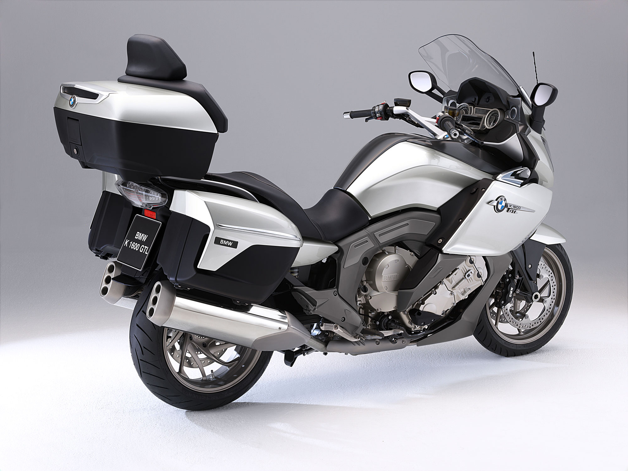 bmw k 1600 gtl specs 2011 2012 autoevolution. Black Bedroom Furniture Sets. Home Design Ideas