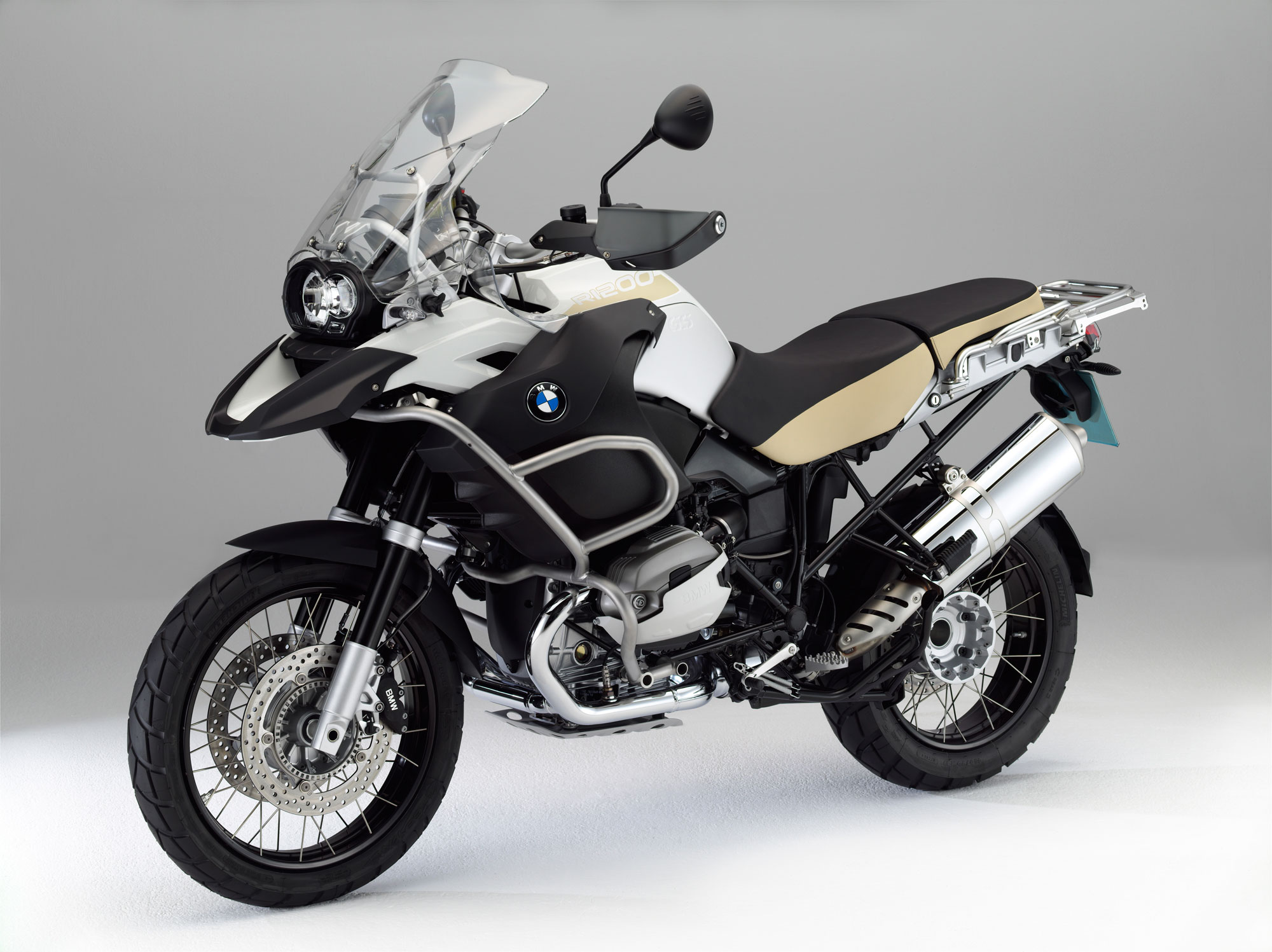 bmw r 1200 gs adventure specs 2011 2012 autoevolution. Black Bedroom Furniture Sets. Home Design Ideas