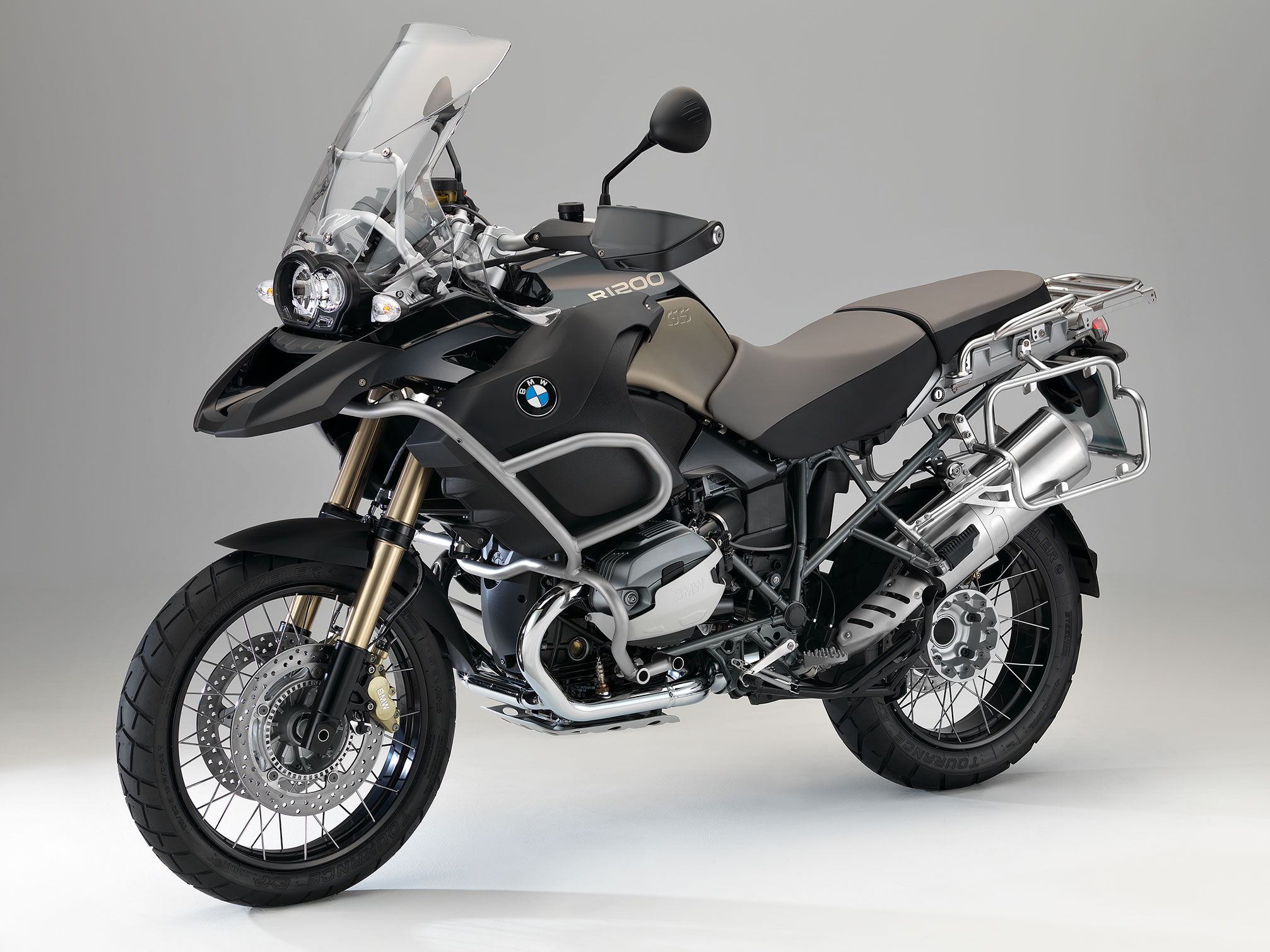 bmw r 1200 gs adventure 90 years special model specs 2012 2013 autoevolution. Black Bedroom Furniture Sets. Home Design Ideas