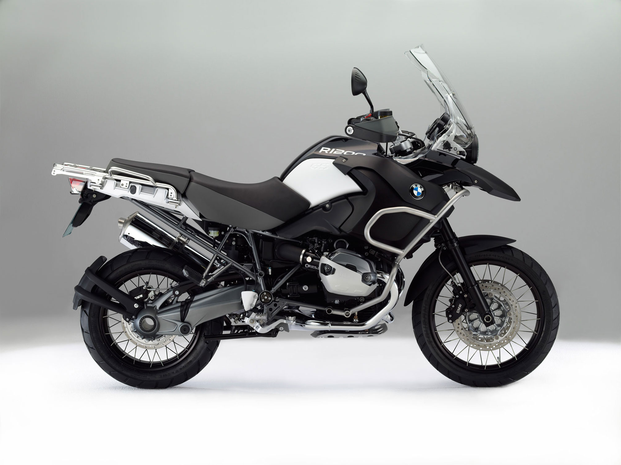 bmw r 1200 gs adventure triple black 2012 2013 autoevolution. Black Bedroom Furniture Sets. Home Design Ideas