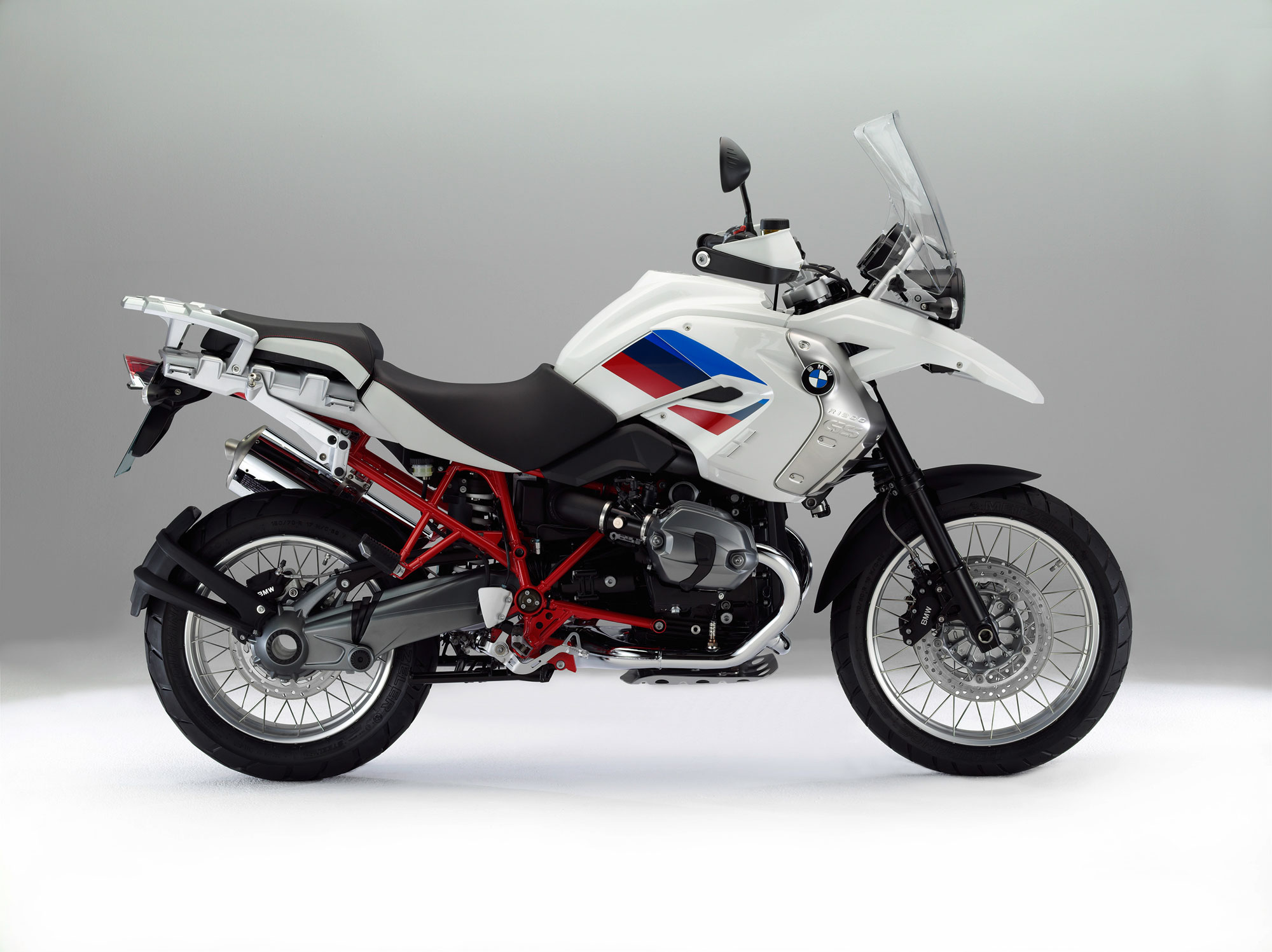 bmw r 1200 gs rallye specs 2011 2012 autoevolution. Black Bedroom Furniture Sets. Home Design Ideas