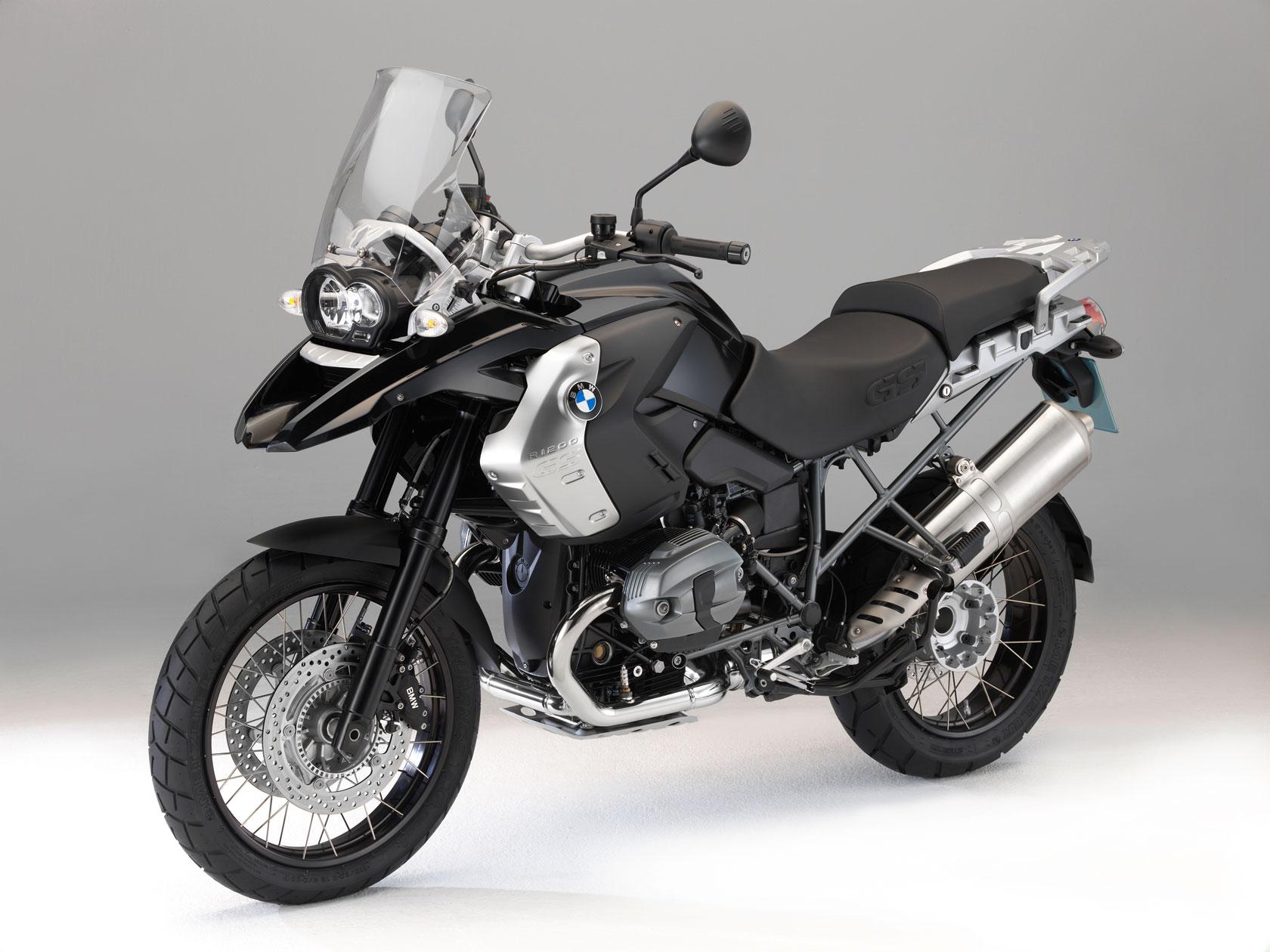 bmw r 1200 gs triple black specs 2010 2011 autoevolution. Black Bedroom Furniture Sets. Home Design Ideas