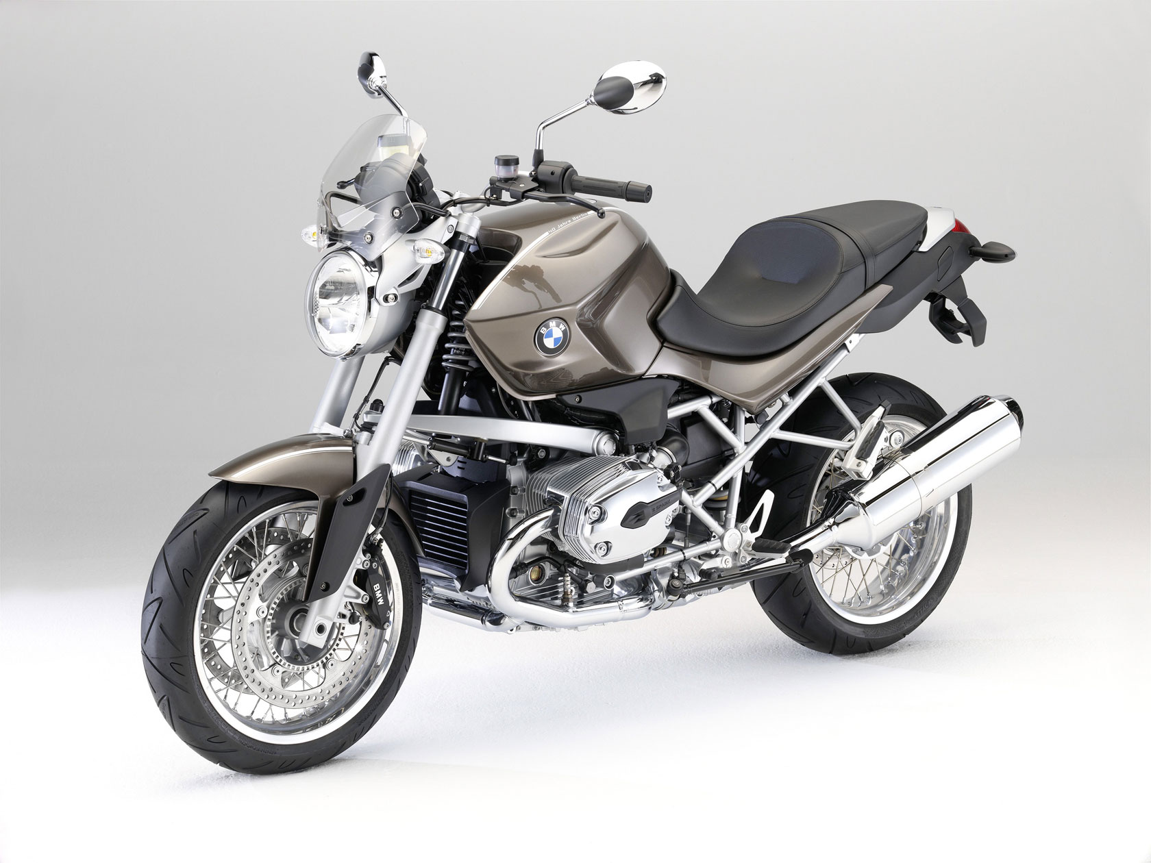 bmw r 1200 r classic 2010 2011 autoevolution. Black Bedroom Furniture Sets. Home Design Ideas