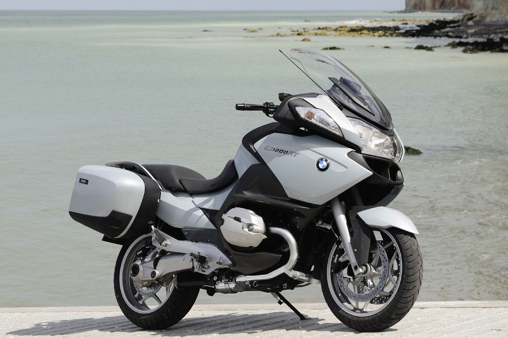 bmw r 1200 rt specs 2009 2010 autoevolution. Black Bedroom Furniture Sets. Home Design Ideas