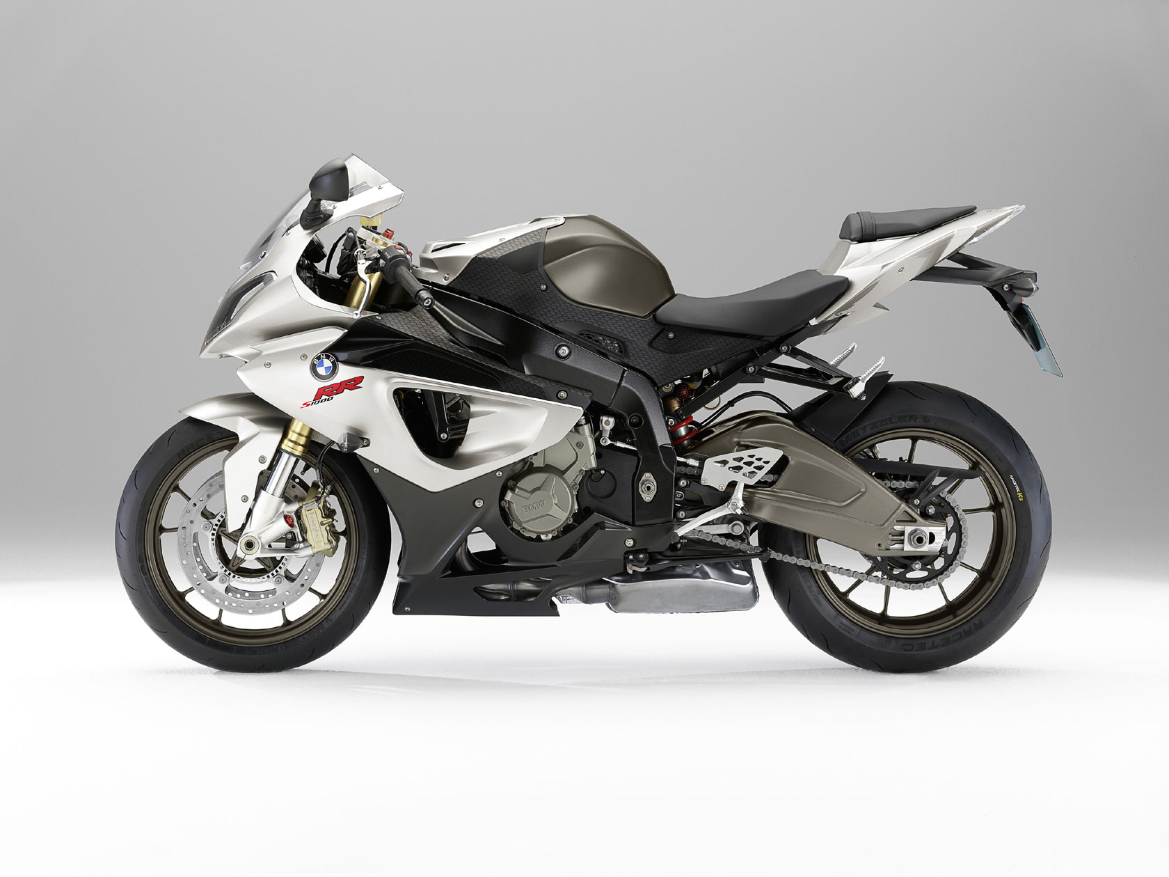 bmw s 1000 rr specs 2009 2010 autoevolution. Black Bedroom Furniture Sets. Home Design Ideas