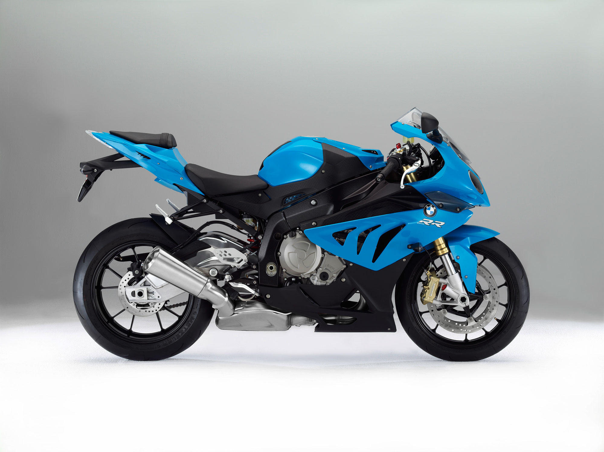 bmw s 1000 rr specs 2011 2012 autoevolution. Black Bedroom Furniture Sets. Home Design Ideas