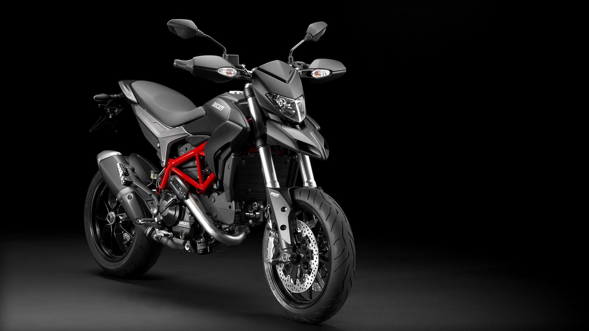 Ducati Hypermotard  Fuel Range