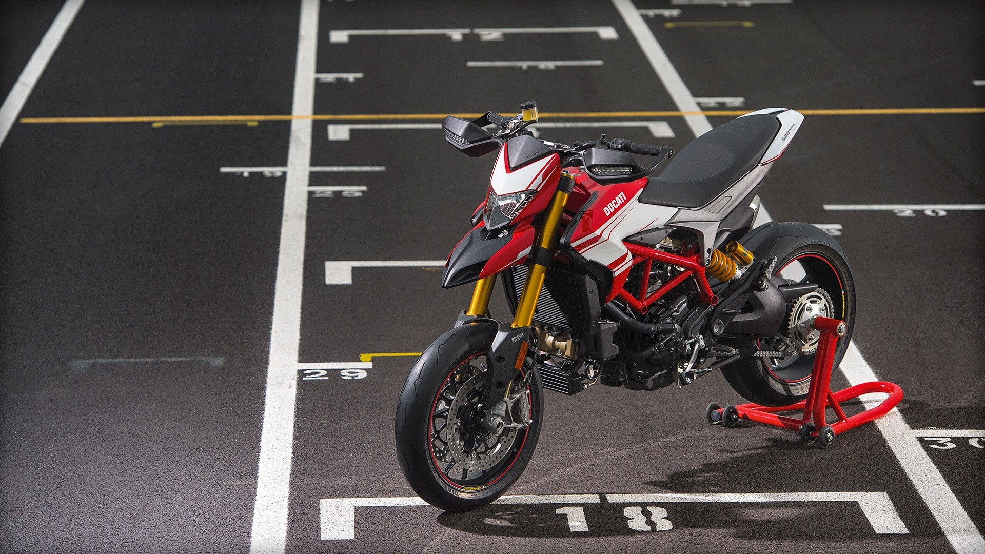 Ducati Hypermotard 939 Sp 2015 2016 Autoevolution