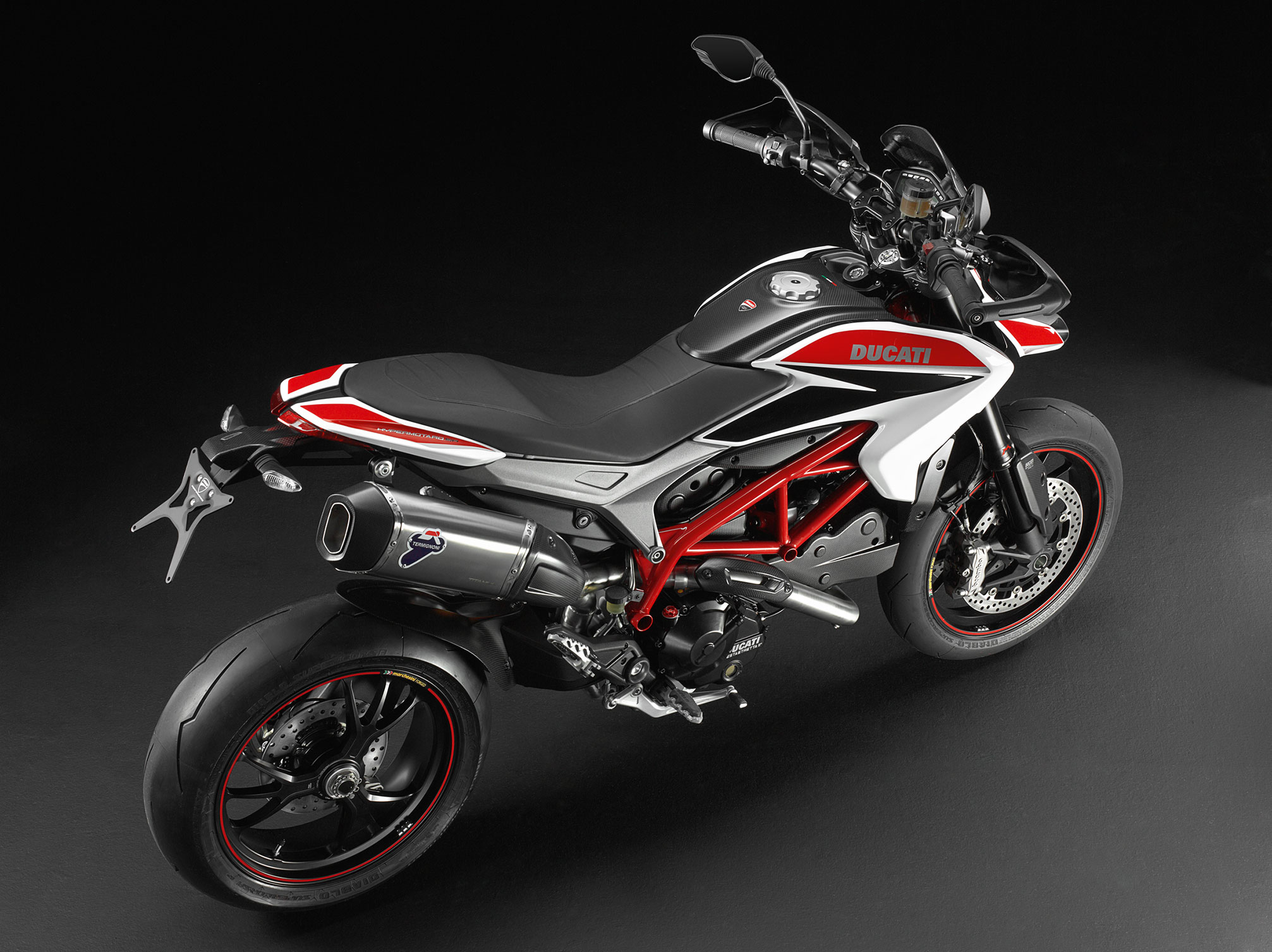 ducati hypermotard sp specs 2012 2013 autoevolution. Black Bedroom Furniture Sets. Home Design Ideas