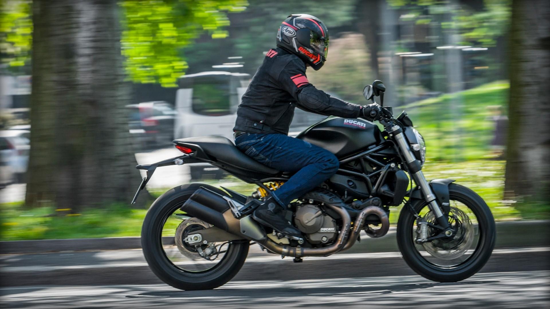 Ducati Monster Dark on Four Stroke Engine