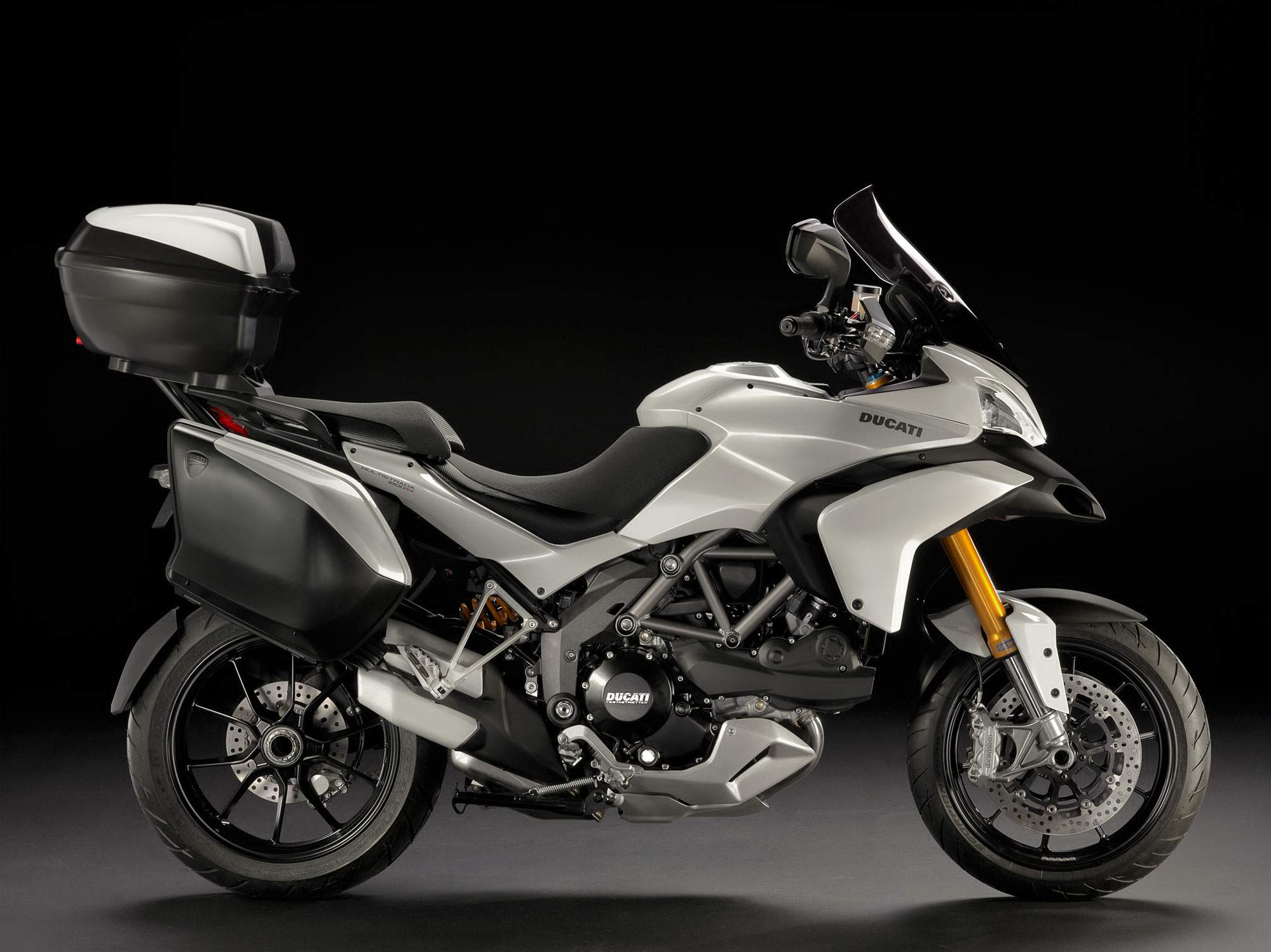 ducati multistrada 1200s specs 2011 2012 autoevolution. Black Bedroom Furniture Sets. Home Design Ideas