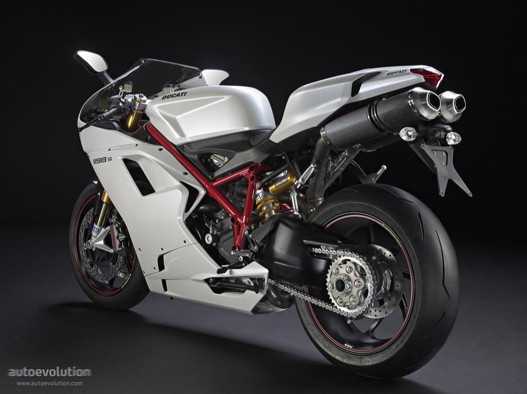 Ducati 1198s Racing Sport Bike: DUCATI 1198S Specs