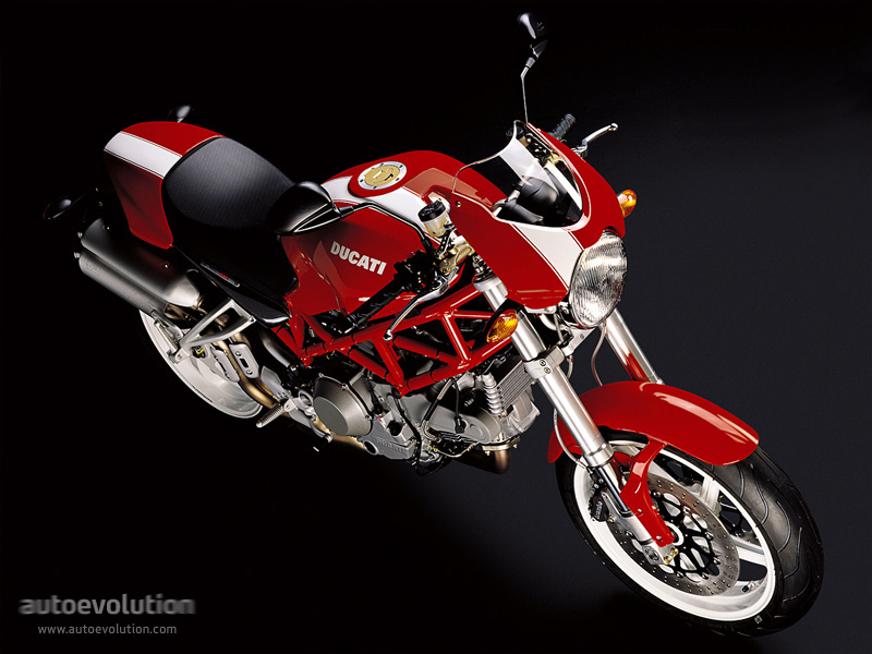 DUCATIMonsterS2R1000-113_12.jpg