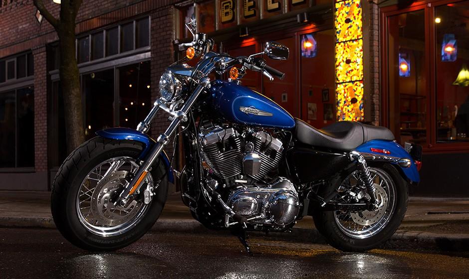 Harley Davidson Custom on Harley Motorcycle Engine