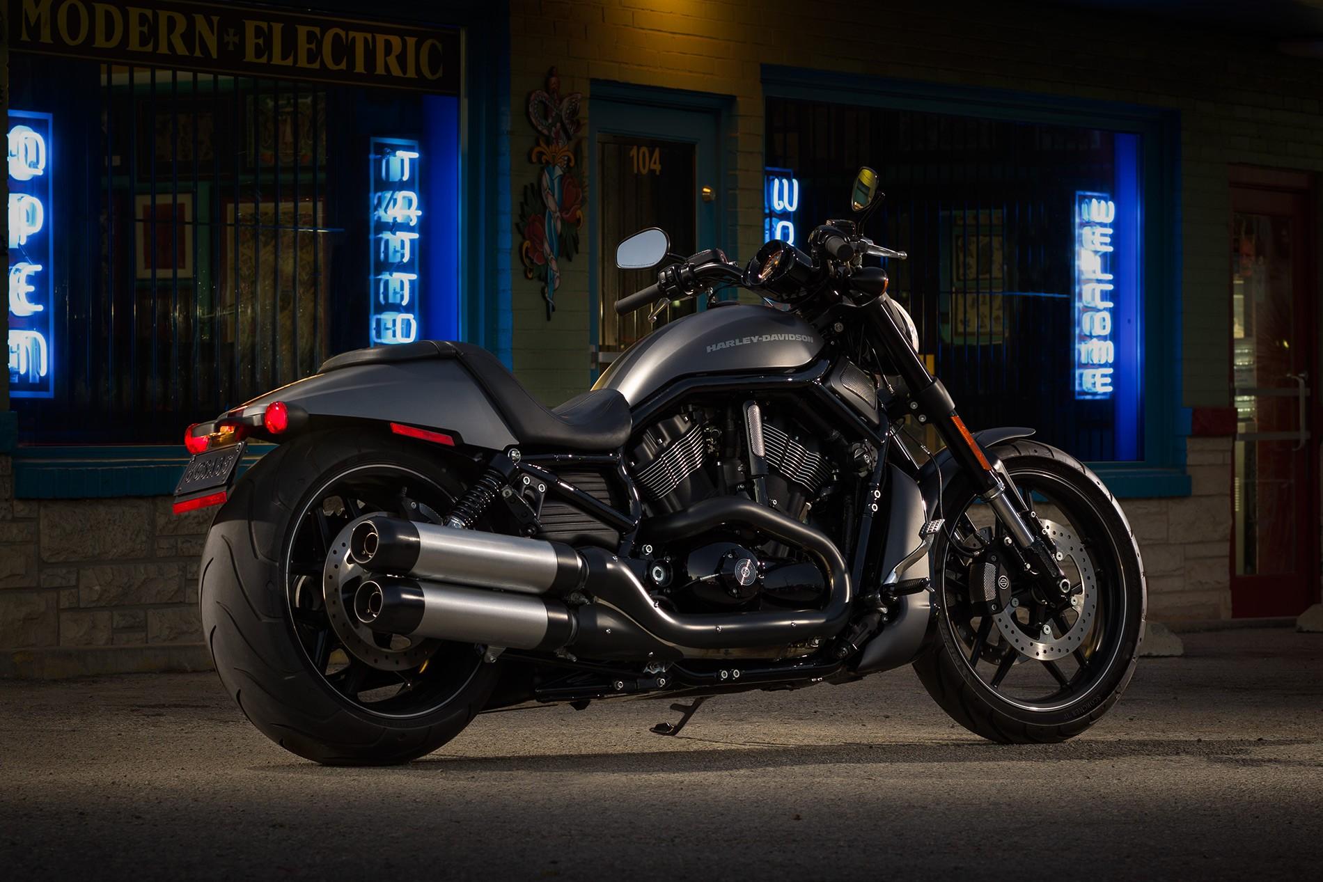Harley Davidson: HARLEY DAVIDSON Night Rod Special Specs