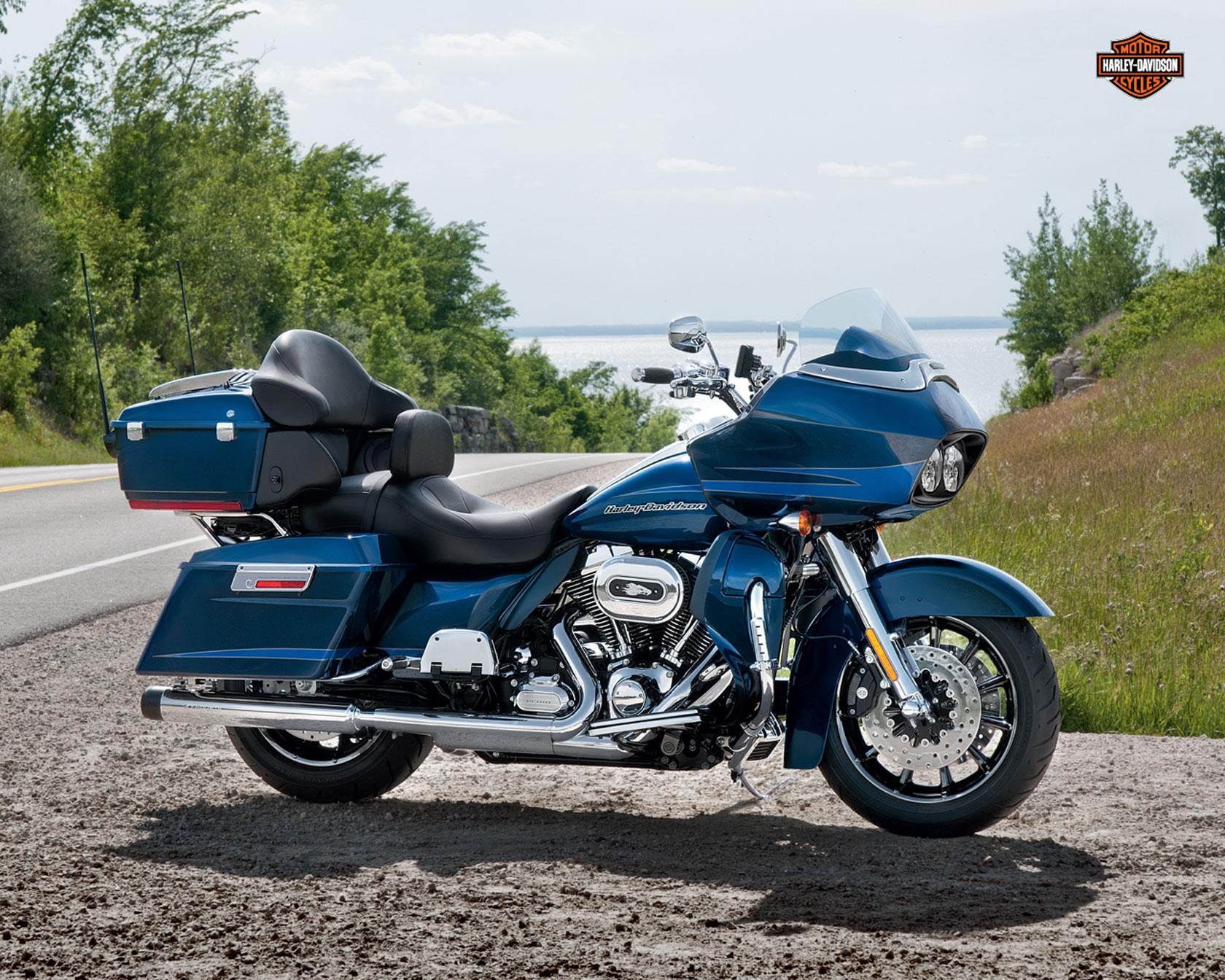 Harley Davidson Road Glide Custom Specs