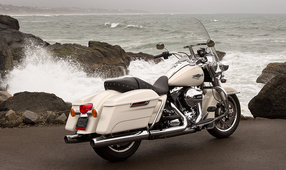 Harley Davidson Road King on Harley Motorcycle Engine