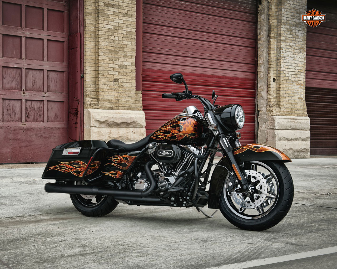 harley davidson road king specs 2011 2012 autoevolution. Black Bedroom Furniture Sets. Home Design Ideas