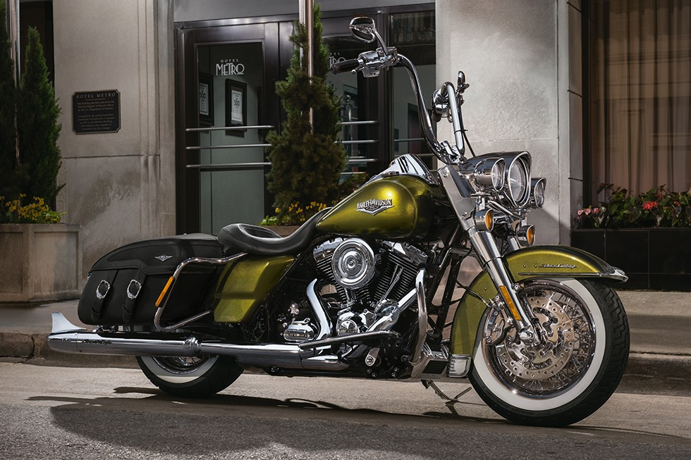 harley davidson road king classic specs 2015 2016 autoevolution. Black Bedroom Furniture Sets. Home Design Ideas