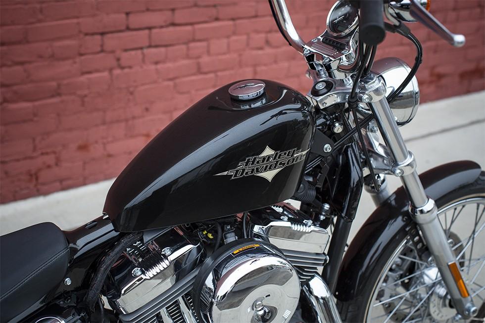 Harley Davidson Seventy Two
