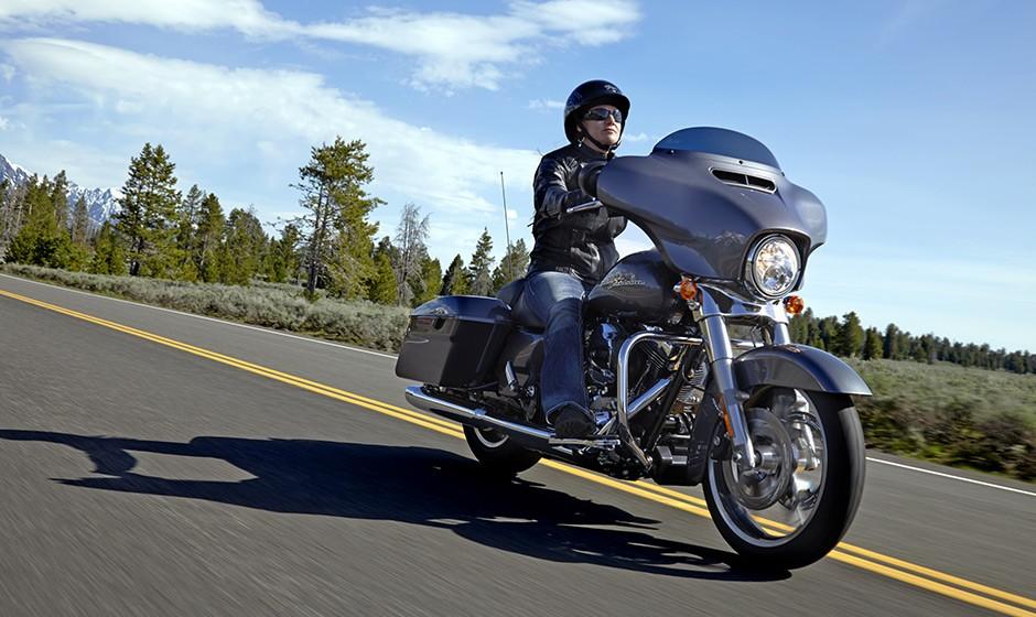 Harley Davidson Street Glide Specs 2014 2015 Autoevolution