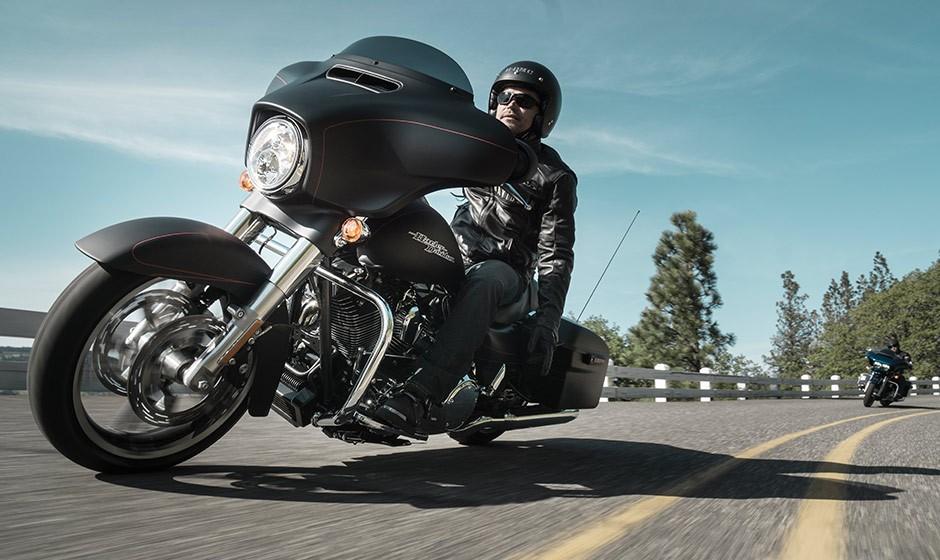 Harley Davidson Street Glide Special Specs 2014 2015